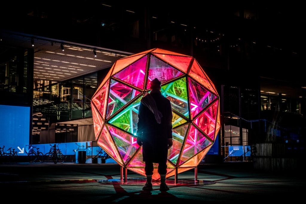 Dichroic Sphere, light art sculpture by Studio jakob Kvist